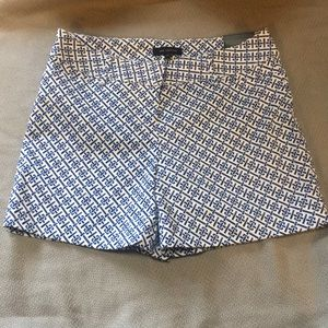 The Limited Tailored Shorts Size 4